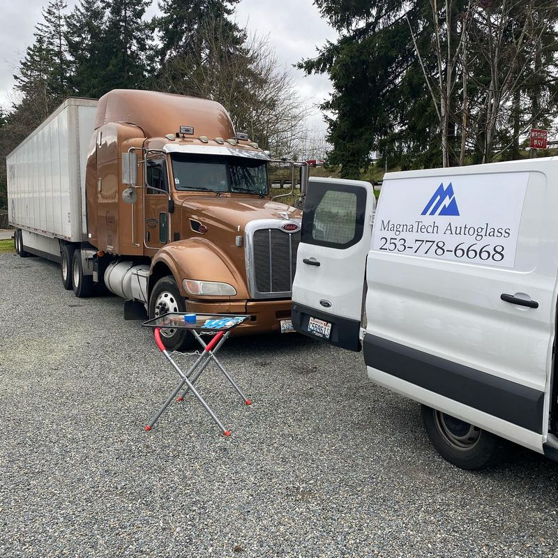 Truck-Glass-Chip-Repair-Lakewood-WA